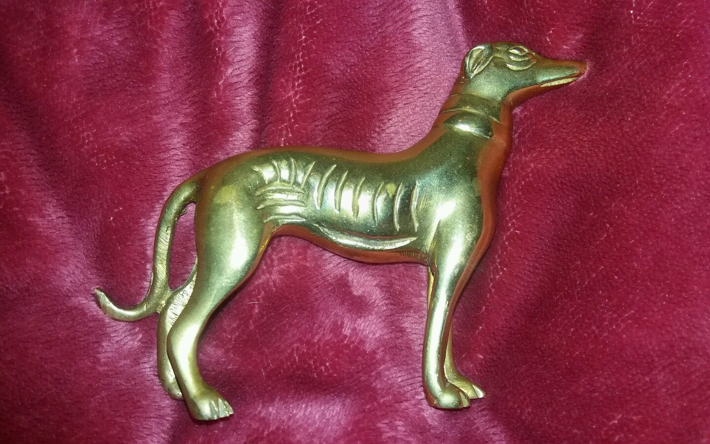 Greyhound/Whippet Tiller Pin